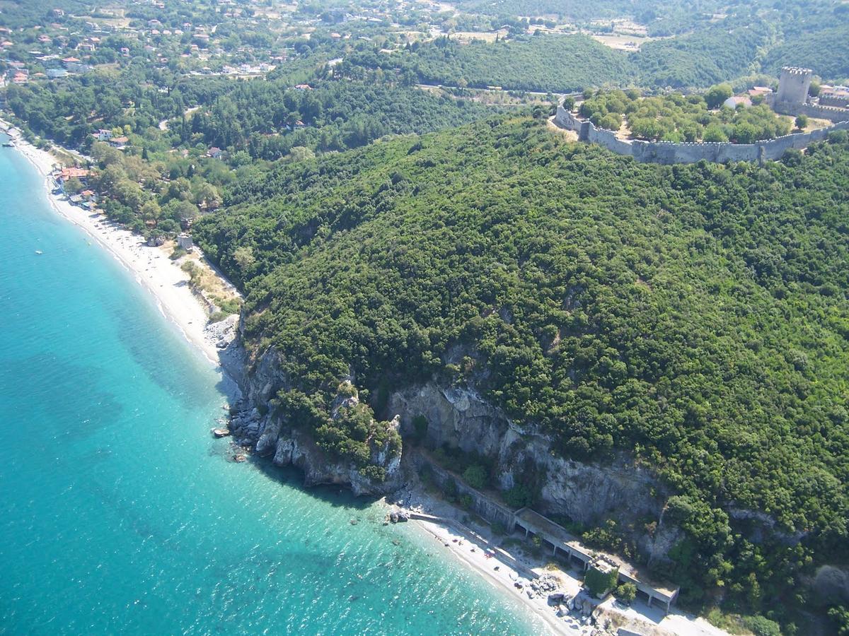 παραλία - παντελεήμωνος
